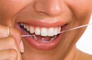 hvordan bruger man tandtråd